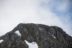 Взгляд панорамы верхней природы Шотландии гористой местности Глена Coe пешей гористый Стоковое Изображение RF