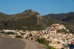 Взгляд панорамы от дороги над Священным городом Moulay Idriss Zerh стоковые фотографии rf