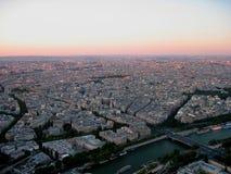 Взгляд Парижа от вершины Эйфелева башни стоковые изображения