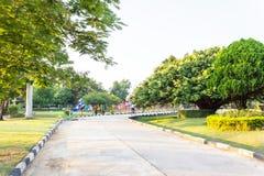 Взгляд парка и природы майны улицы публично в вечере Стоковая Фотография RF