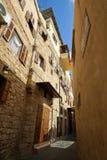 Взгляд перспективы старинных улиц старого города городской в Saida, Leb Стоковая Фотография