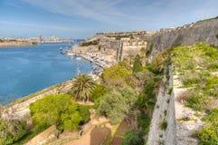 Взгляд побережья залива Валлетты в Мальте стоковое фото