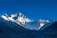 Взгляд после полудня Mt. Chomolangma Стоковые Фото