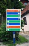 взгляд подкраской дорожного знака угла голубой широко Стоковое Изображение RF