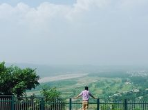 Взгляд поля для гольфа tawi реки стоковое фото rf