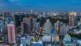 Взгляд промежутка времени горизонта Бангкока на ноче Таиланд акции видеоматериалы
