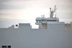 Взгляд профиля моста судно-сухогруза Стоковые Изображения