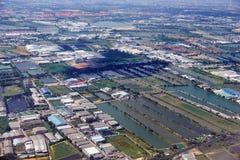 взгляд Птиц-глаза на рисе fields близость Бангкока Стоковые Фотографии RF