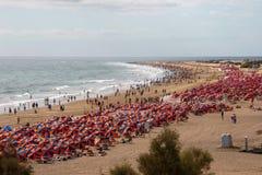 Взгляд пляжа от Playa del Ingles к Maspalomas Gran Canar Стоковая Фотография RF