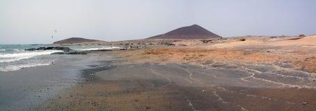 Взгляд пляжа El Medano, Тенерифе стоковое изображение rf
