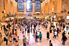 Взгляд регулярных пассажиров пригородных поездов и туристов Стоковые Фото