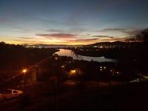 Взгляд реки ночного неба стоковые изображения rf