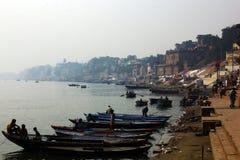 Взгляд реки Varanesi и Ganger Стоковые Фото
