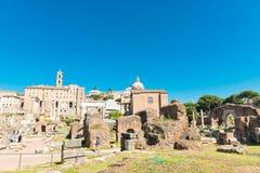 Взгляд руин римского форума в Риме, Италии Стоковые Фото
