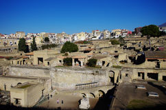 Взгляд руин Ercolano, разрушенных Vesuvius Стоковое Фото