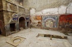 Взгляд руин Ercolano, разрушенных Vesuvius Стоковые Фотографии RF