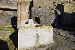 Взгляд руин Ercolano, разрушенных Vesuvius Стоковая Фотография