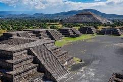 Взгляд руин Teotihuacan, ацтекских руин, Мексики Стоковые Фотографии RF