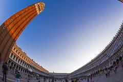 взгляд Рыб-глаза квадрата Сан Marco в Венеции, Италии Стоковые Фотографии RF