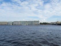 Взгляд Санкт-Петербурга, России 9-ое сентября 2016 Зимнего дворца в Санкт-Петербурге, России Стоковые Фото