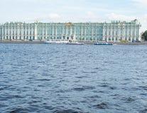 Взгляд Санкт-Петербурга, России 9-ое сентября 2016 Зимнего дворца в Санкт-Петербурге, России Стоковые Изображения