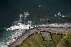Взгляд сверху берега моря стоковое фото rf