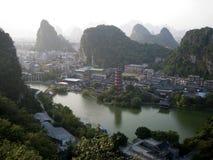 Взгляд сверху города от холмов Стоковое Изображение