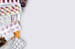 Взгляд сверху лекарств стоковая фотография rf