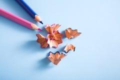 Взгляд сверху деревянных shavings карандаша цвета Стоковое Изображение