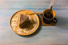 Взгляд сверху кофе на деревянном столе Стоковая Фотография RF