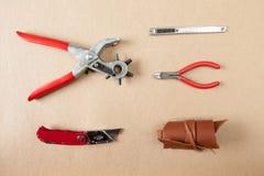 Взгляд сверху мастера инструментов деятельности кожаные Стоковые Изображения RF