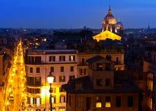 Взгляд сверху ночи на городе. Рим. Ландшафт города Italy.Night Стоковые Фото
