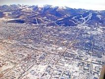 Взгляд сверху от самолета Стоковое Фото