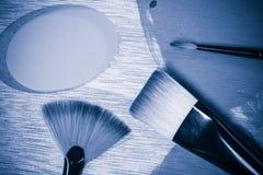 Взгляд сверху палитры и щеток концепции картины маслом Стоковое Фото