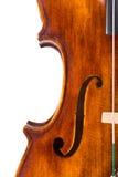 Взгляд сверху поединка и f-отверстия центра скрипки Стоковая Фотография RF