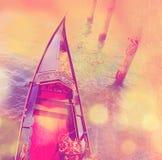 Взгляд сверху роскошной гондолы Предпосылка Венеции Стоковые Фото