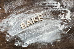 Взгляд сверху съестного слова печет сделанный от сладостных хрустящих печений стоковое изображение rf
