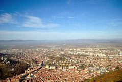 Взгляд сверху центра города Brasov стоковые фотографии rf