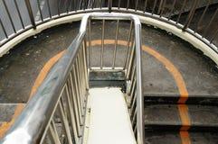 Взгляд сверху footbridge лестниц, Таиланда. стоковое изображение