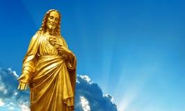 Взгляд священных статуй сердца панорамный Стоковые Фотографии RF