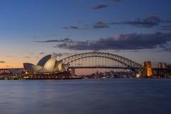 Взгляд Сидней CBD и оперный театр Стоковое Фото
