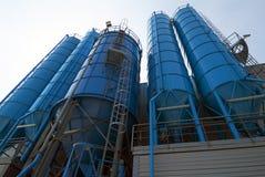 Взгляд снизу хранения силосохранилищ башни навального Стоковое Фото
