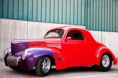 Взгляд со стороны американского классического автомобиля Стоковая Фотография