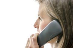 Взгляд со стороны женского работника центра телефонного обслуживания Стоковые Фотографии RF