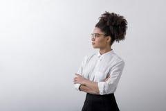 Взгляд со стороны молодой женщины внутри помещения Стоковые Фотографии RF