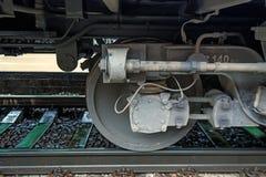 Взгляд со стороны на колесах железнодорожного автомобиля Стоковые Изображения RF