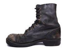 Изолированный используемый ботинок армии - внутренний взгляд со стороны Стоковые Изображения RF