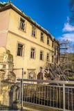 Взгляд старого тухлого дома в деревне Kahla Стоковое Фото