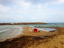 Взгляд стульев на море Стоковая Фотография RF