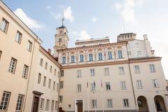 Взгляд университета Вильнюса от улицы университета Стоковые Фото